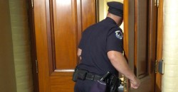 State Supreme Court Rules Cops No Longer Need a Warrant to Enter Homes and Seize Evidence