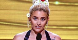 Paris Jackson at Grammys 2017 – Michael Jackson's Daughter Gives Shout-Out to DAPL Protesters